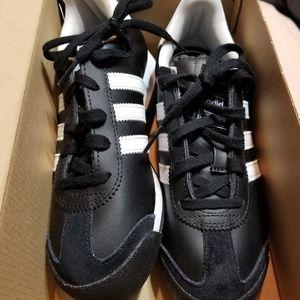 NEW Adidas Sneakers NEW- Samoa
